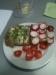 Brot mit Radieschen, Kresse und Tomaten